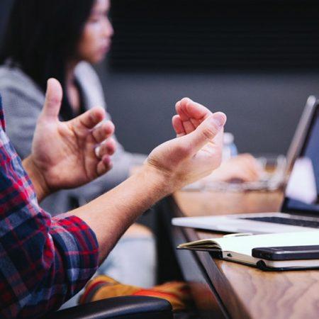 Optimiere die betriebsinterne Kommunikation mit Feedback